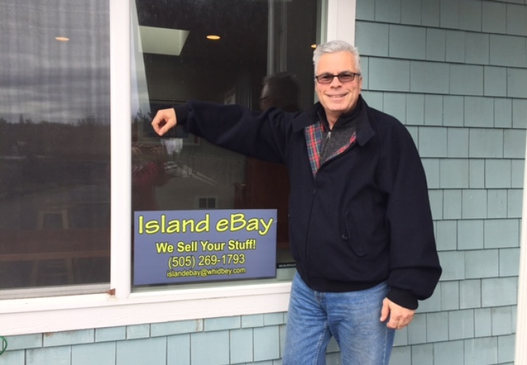 Andrew Horwitz At Island Ebay In Freeland Says We Sell Your Stuff Whidbey Island Andrew Horwitz At Island Ebay In Freeland Says We Sell Your Stuff Whidbey Island Business Spotlight
