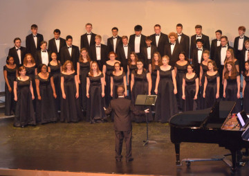 Whidbey's Saratoga Orchestra presents Crowning Achievements,