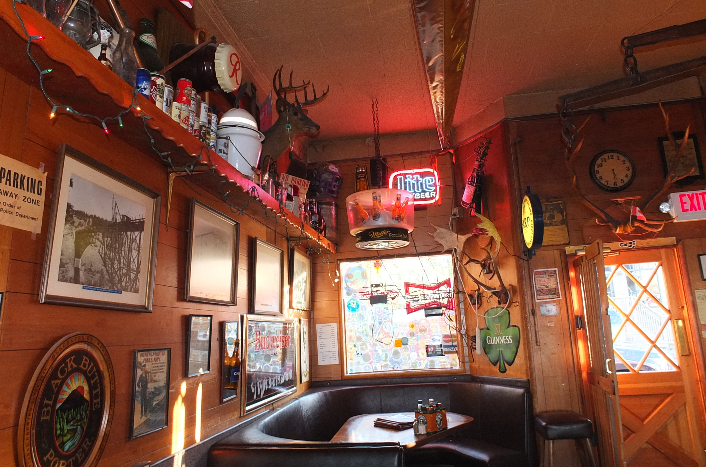 Toby's Tavern (Dine In or To Go)