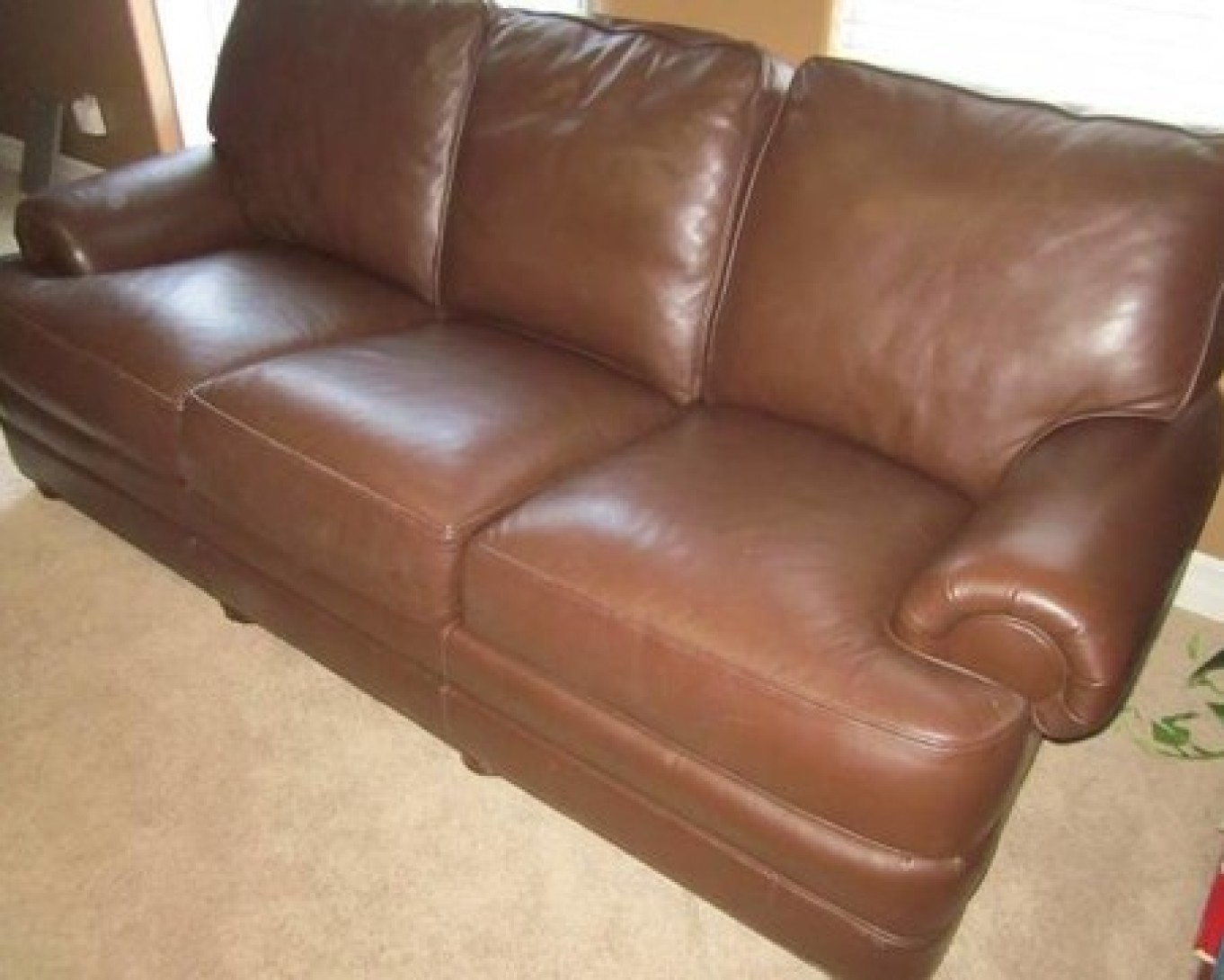 Dark Brown Leather Couch 7' - $500 (Coupeville)