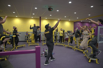 Planet Fitness Hosts Grand Opening Of Oak Harbor Gym Whidbey Island Planet Fitness Hosts Grand Opening Of Oak Harbor Gym Whidbey Island Whidbey Buzz Articles Yabsta