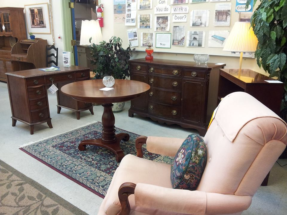 Wonderful The Oak Harbor Store Can Be Reached At 360 675 8733, Or You Can Email Them  At Store@islandcountyhabitat.com To Volunteer, Donate, Or Schedule Pickups.